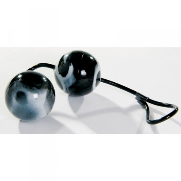 Oscilating Unisex Duo Balls ~ Black & White